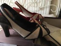 Shoes size 5