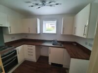 Beautiful 2 bedroom flat AVAILABLE NOW