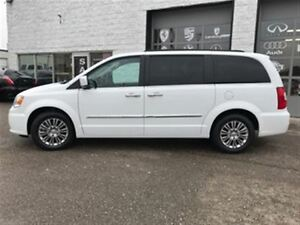 2016 Chrysler Town & Country Leather 2 Dvd players Sunroof Navig