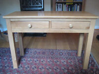 Light Oak Desk. Writing desk in immaculate condition. Solid oak and clear lacquered.