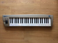 Miditech Midistart-3 Keyboard + Roland Midi Cable for Sale!