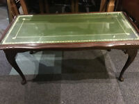 Very Pretty Vintage Mahogany Glazed Top, Green Leather Insert Coffee Table on Cabriole Legs