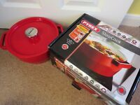PYREX red slow cooker