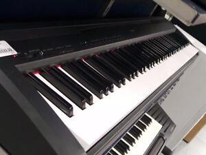 Piano (P005896)