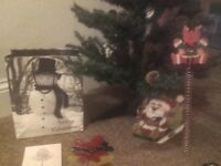 christmas tree(4 ft) and lots of new decorations see all pics!!