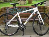 Boardman Hybrid Comp Bike 18inch medium frame.