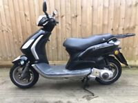 2012 125cc piaggio fly scooter moped 12 months mot