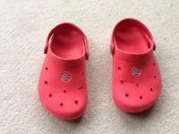Jojo Maman Red summer clogs child size 9-10 (like crocs)