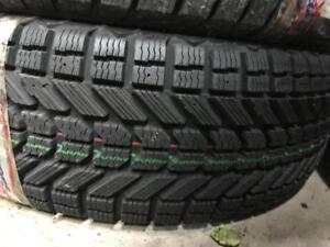 1 pneu dhiver 235/65/17 firestone winterforce uv neuf