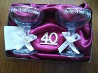 RUBY ANNIVERSARY TWO GLASS CHAMPAGNE GIFT SET. IN ORIGINAL PACKAGING. COLLECTION REDDITCH B98.