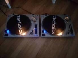 Mixing decks, mixer and speakers