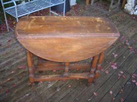 Solid Oak Gate Legged Table