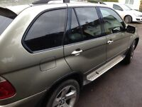 BMW X5 long mot 2017 good condition 1 year warranty, rare green, tv screens