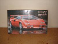 Fujimi Lamborghini Countach Model Kit