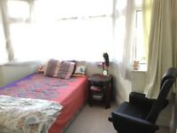 Cosy, spacious Single Room for Rent in calm residential area.