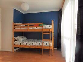 Triple room in Westferry ( dlr zone 2) 270pw! BILLS & WIFI INCLUDED!