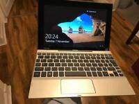 Toshiba Click 10 LX0W-C-104 10.1 Laptop
