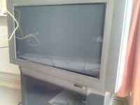 "Sony 32"" Trinitron analogue TV with HD Freeview box"