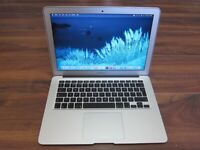 """MacBook Air 13"""" - 2017 - 1.8GHz - i5 - 8gb - NEW BATTERY"""