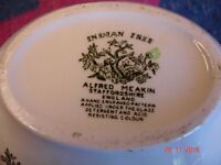 Alfred Meakin gravy boat, Aaahhhh...Indian tree design in very good condition.