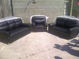 "Leather 3 piece suite colour black""Brand New & Unused"" 3+2+1 sofas, armchair, can deliver if needed."