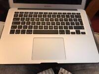 Macbook Air - 13 inch - i5 - 1.3GHz - 128GB HD - 4GB RAM