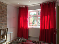 Luxury and Large 1 Double Bedroom with En-suite in Northfield, B31