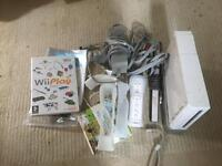Wii console & 2 games