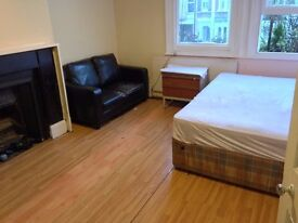 DOUBLE ROOM 5MINS CLAPHAM JUNCTION STATION 150PW