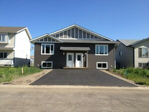 GREAT NEW 3 BED DUPLEX FOR RENT