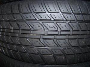 225-45R18  ÉTÉ,  1, ou 2 pneus d'été,  Usagés