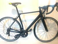 Custom super light Carbon Fiber road bike shimano 105 11 speed groupset