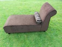A Beauliful Chaise Longue Sofa