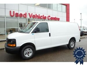 2015 GMC Savana Cargo Van RWD w/ Traction Control, 21,603 KMs
