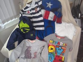 Boys clothes bundle Age 3-4 Karrimor Jacket navy and captain America costume + Gruffalo top