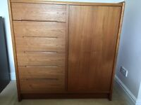 Solid wood chest of drawers - large - excellent condition and high quality