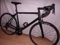 New pinnacle dolomite 5 road racer,carbon forks.OFFERS.very nice.not a specialized trek giant allez