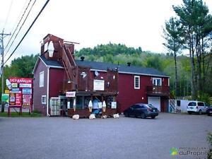 599 000$ - Épicerie/Dépanneur à vendre à Val-Des-Bois
