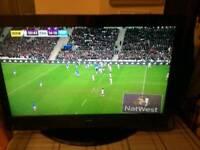 32' LCD TV