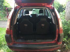 Realiable family car-7 seater. MOT needed.