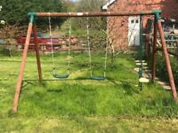 Kids wooden swing in good condition!