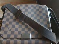 Louis Vuitton Shoulder Bag (Men's/Women's)