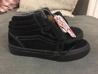 Kids hi top black suede vans shoes trainers 13.5 new