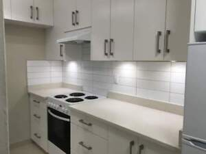 One Bedroom For Rent at Southview Gardens - 3240  East 58th...