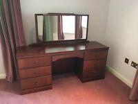 Bedroom Furniture - 4 piece set - mahogany finish