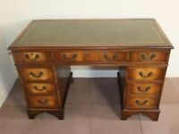 VINTAGE MAHOGANY & LEATHER TWIN PEDESTAL ANTIQUE STYLE WRITING DESK FREE DELIVERY IN GLASGOW AREA