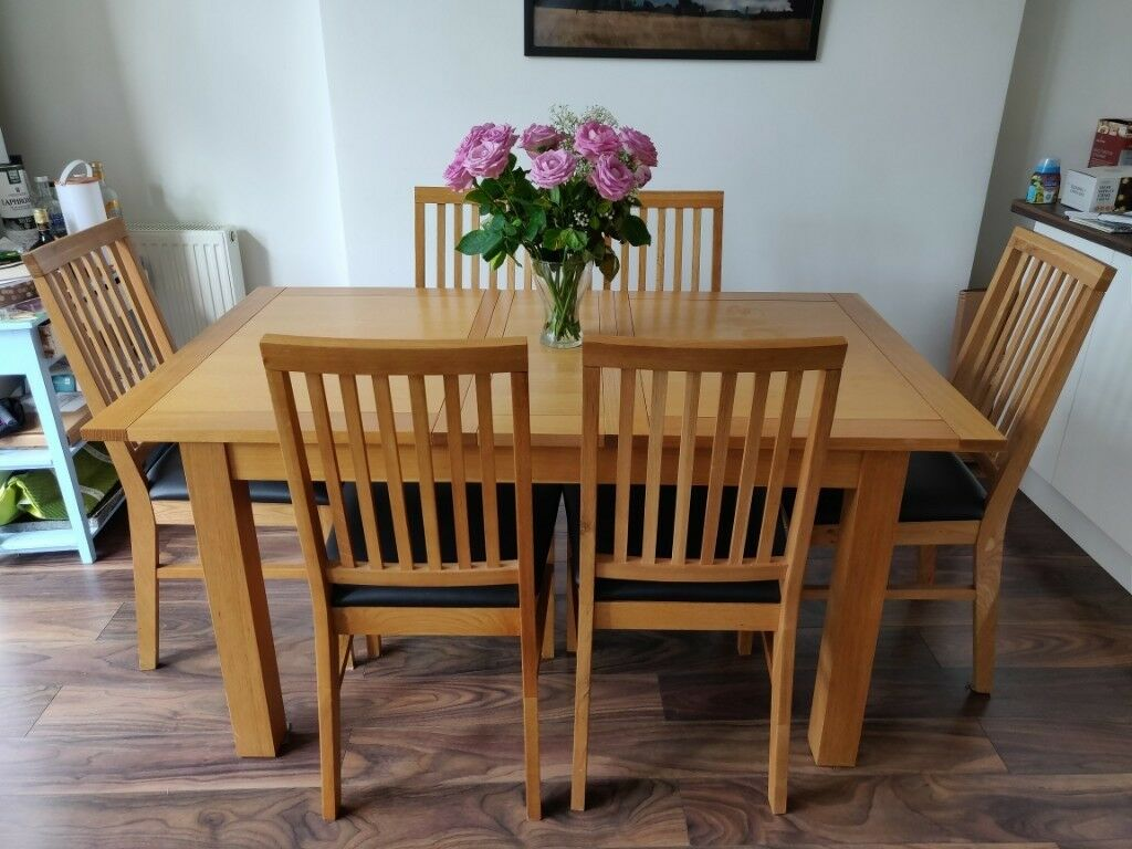 6 person dining table and 6x chairs set extendable