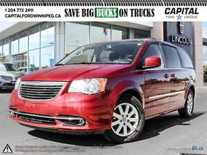 2016 Chrysler Town & Country Touring*DVD-Rear Cam-Touchscreen*