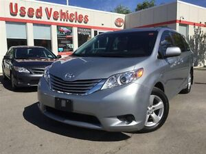 2015 Toyota Sienna LE FWD - Back Up Camera / 3 Zo