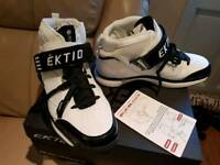 *BRAND NEW* EKTIO WRAPTOR injury prevention shoes (Trainers)